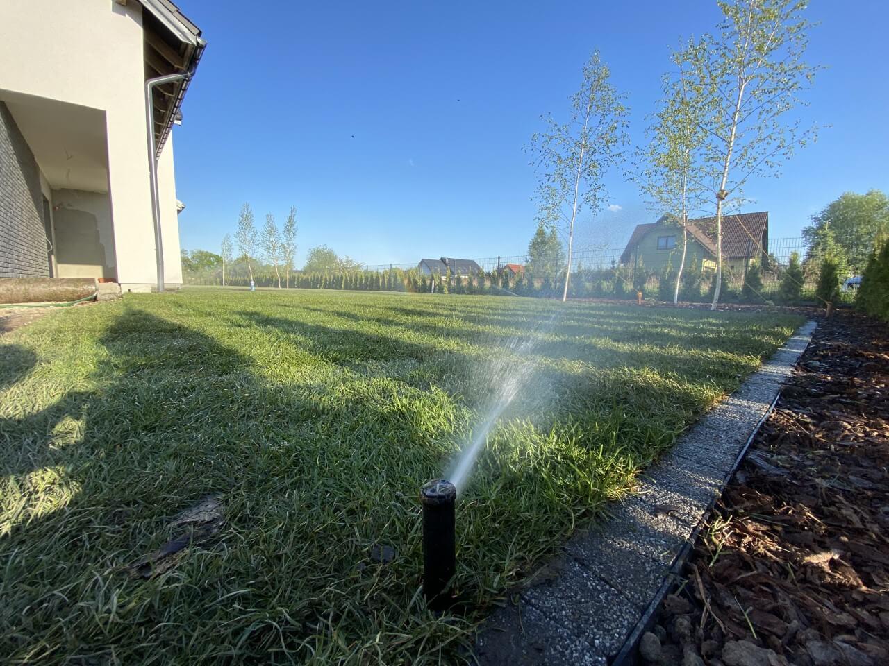 nawadnianie ogrodów, systemy nawadniania ogrodów
